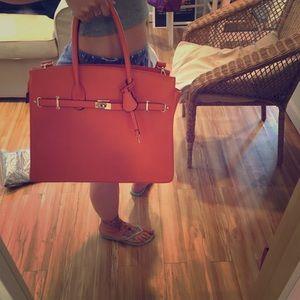 Handbags - Large orange tote bag